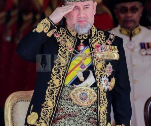 Yang di-Pertuan Agong ke 15 Sultan Muhammad V Letak Jawatan
